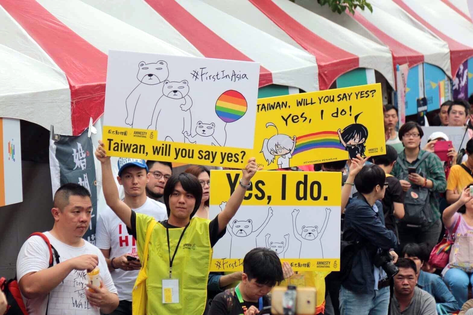 Young people rally for marriage equality in Taiwan, May 2017